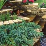 Сооружаем в саду подпорную стенку