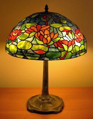Лампа Тиффани в стиле модерн